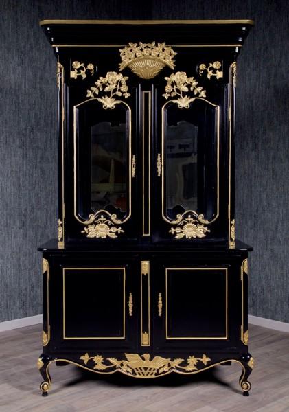 Barock Vitrine, 4-türig mit Glas, lackiert in schwarz mit gold Dekor,Repro-Antik-Design, Mahagoni massiv holz , aufwendige Holzschnitzerei