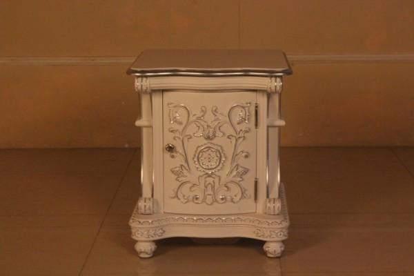 Barock Nachttisch Calanta, Repro-Antik-Design, Mahagoni Massiv Holz ausgefallen mit silber exclusive