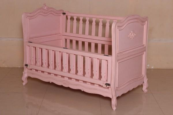 Barock Babybett Kinderbett Gitterbett, Repro-Antik-Design, ausgefallen exklusive lackiert in rosa pink