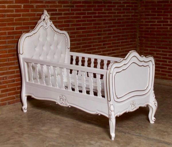 Barock Babybett Kinderbett Gitterbett, Repro-Antik-Design, ausgefallen exklusive lackiert in weis