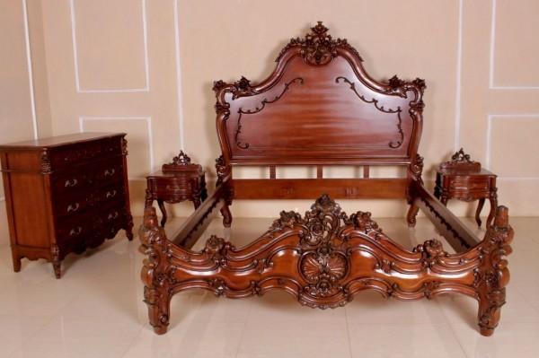 Barock Bett Valbonnel, Repro-Antik-Design, Mahagoni Massiv Holz ausgefallen exclusive