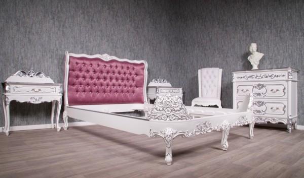 Barock Bett Polstermöbel, Repro-Antik-Design, Mahagoni massiv holz, Nussbaum, Holzschnitzerei Barock Bett Polstermöbel, Repro-Antik-Design, Mahagoni massiv holz, silber Dekor, silbernieten, Holzschnitzerei