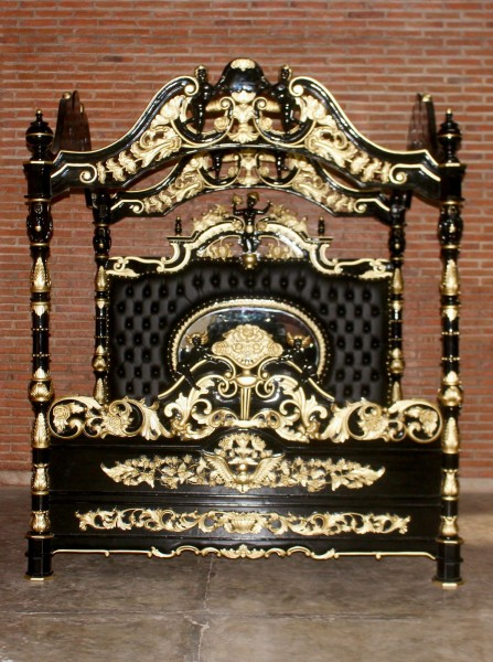 barock bett engelhimmelbett betten shop repro antik design. Black Bedroom Furniture Sets. Home Design Ideas