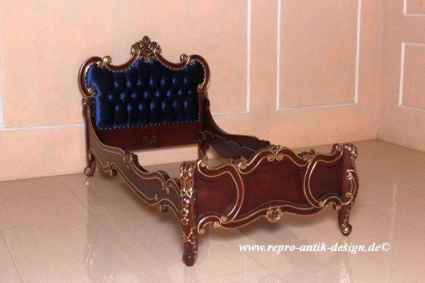 Barock Bett French Carved, Gold Dekor, Blau mit Goldnieten, Repro-Antik-Design, Mahagoni massiv Holz ausgefallen exclusive