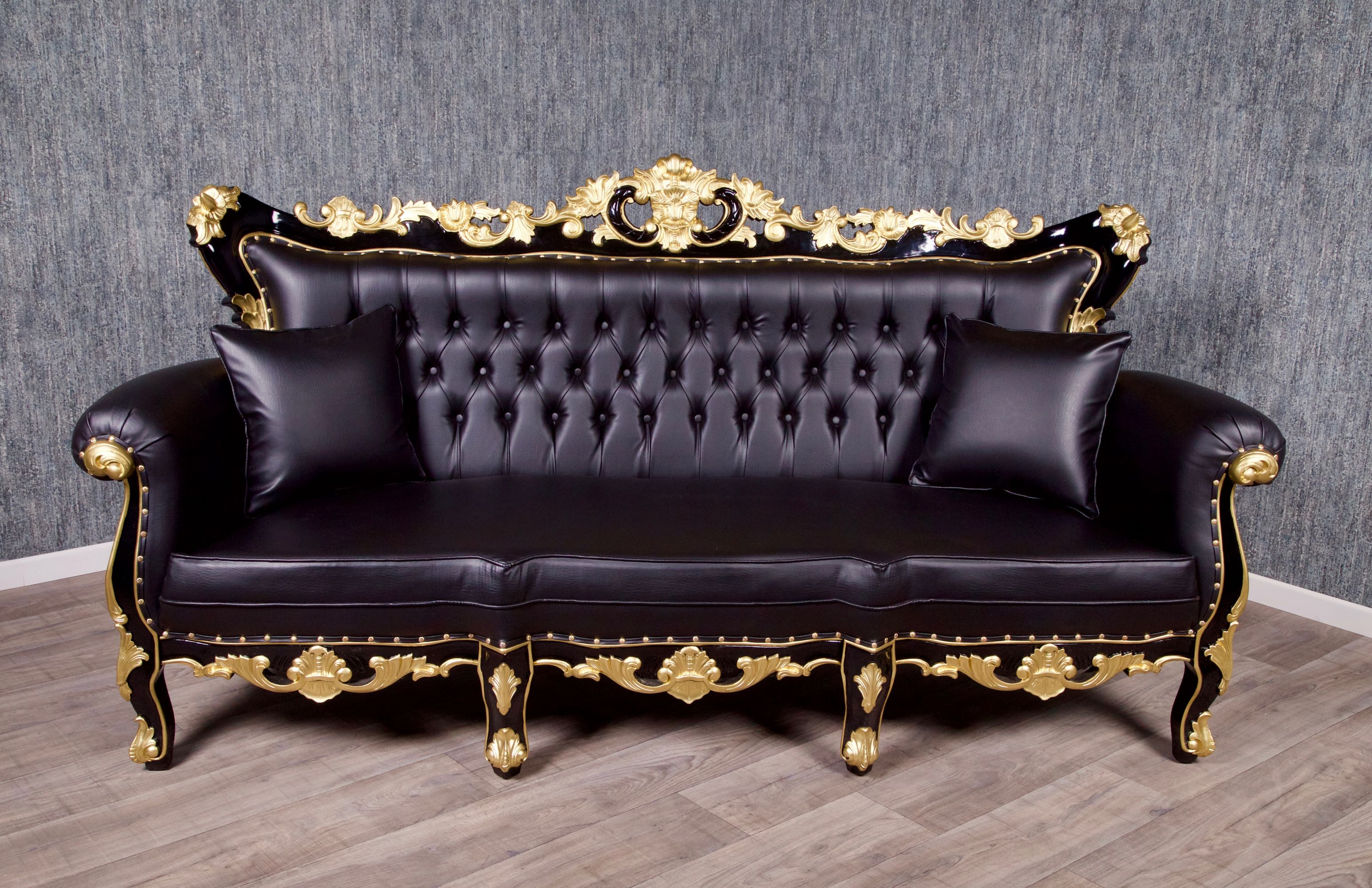 barock sofa dendrobia 3 sitzer schwarz mit gold dekor. Black Bedroom Furniture Sets. Home Design Ideas