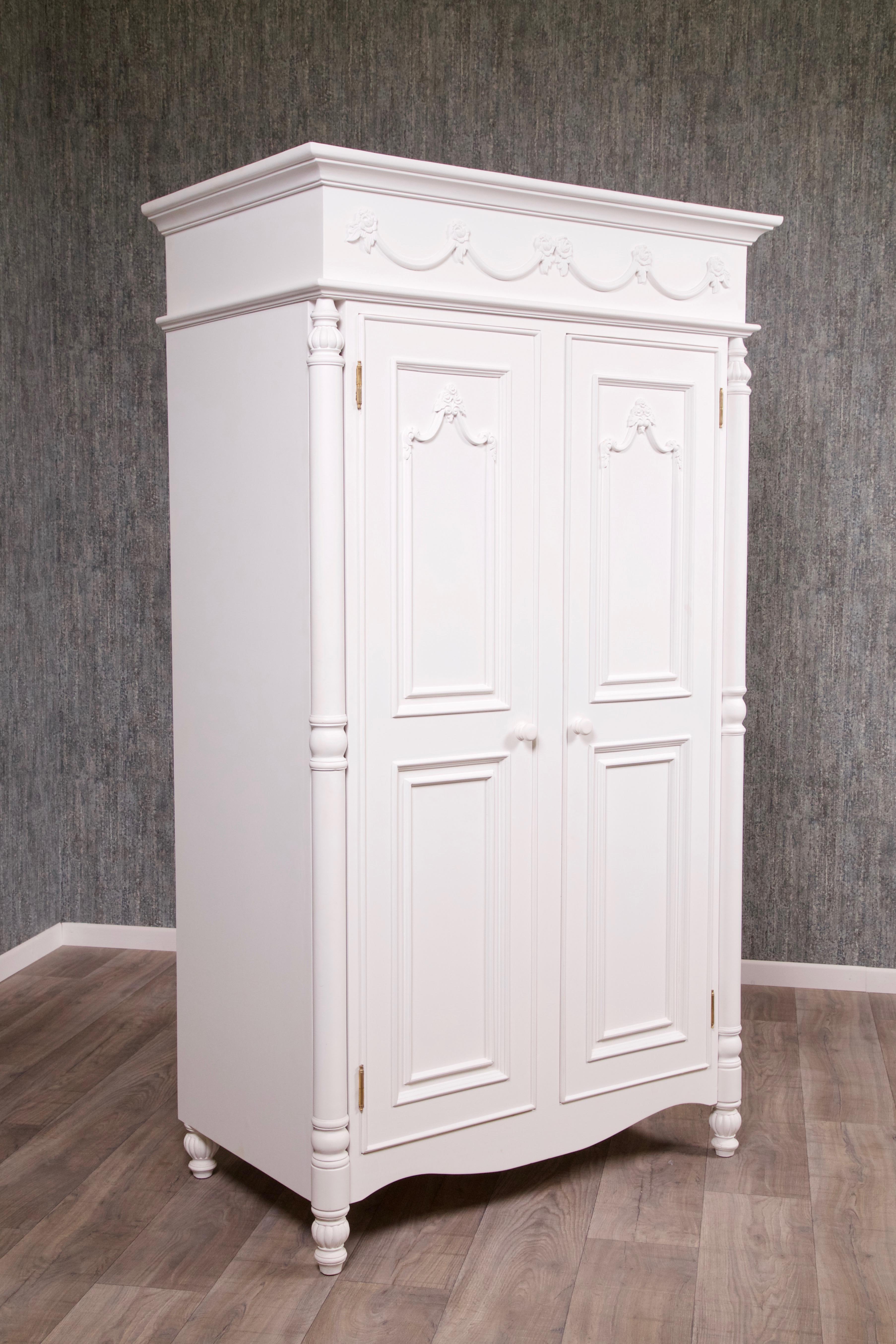 barock kleiderschrank amoire wei schr nke shop. Black Bedroom Furniture Sets. Home Design Ideas