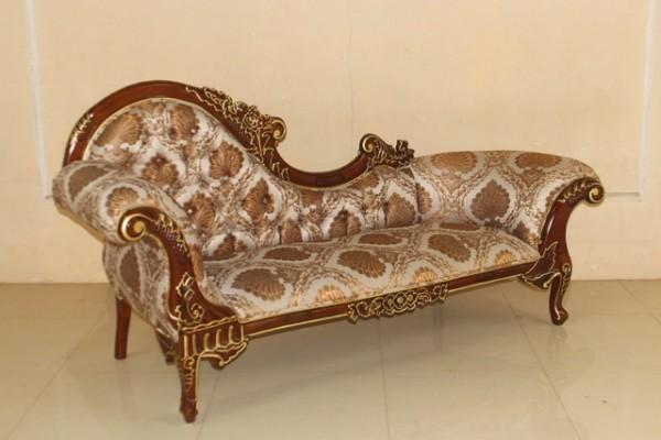 Barock Chaiselongue Sofa , Repro-Antik-Design Mahagoni massiv holz , Ornamente Stoffbezug  aufwendige Holzschnitzerei