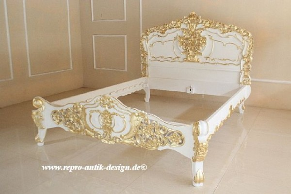 Barock Bett, Repro-Antik-Design, Mahagoni Massiv Holz ausgefallen, gold Dekor