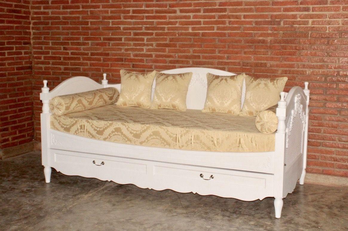 barock schlafcouch sofa bett betten onlineshop repro antik design. Black Bedroom Furniture Sets. Home Design Ideas