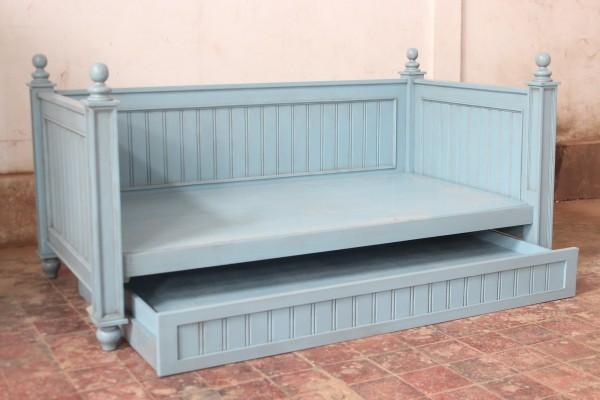 Barock Bett Tagesbett, Repro-Antik-Design, ausgefallen exklusive lackiert in blau