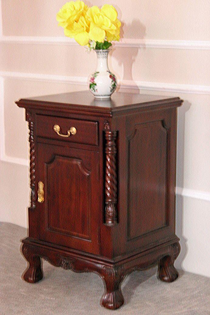 barock nachttisch bali nachttische shop repro antik. Black Bedroom Furniture Sets. Home Design Ideas