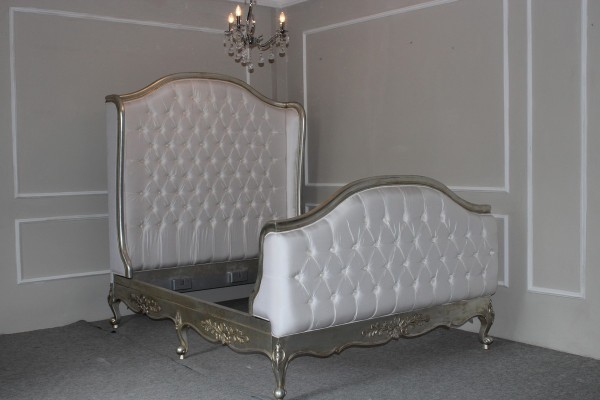 Barock Bett Polstermöbel, weiß silber, Repro-Antik-Design,Mahagoni Massiv Holz ausgefallen exclusivee
